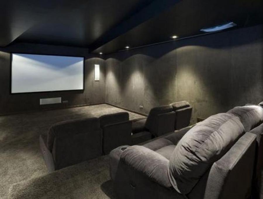 Proyecto villa la zagaleta 2 raul carretero - Fotos salas de cine en casa ...